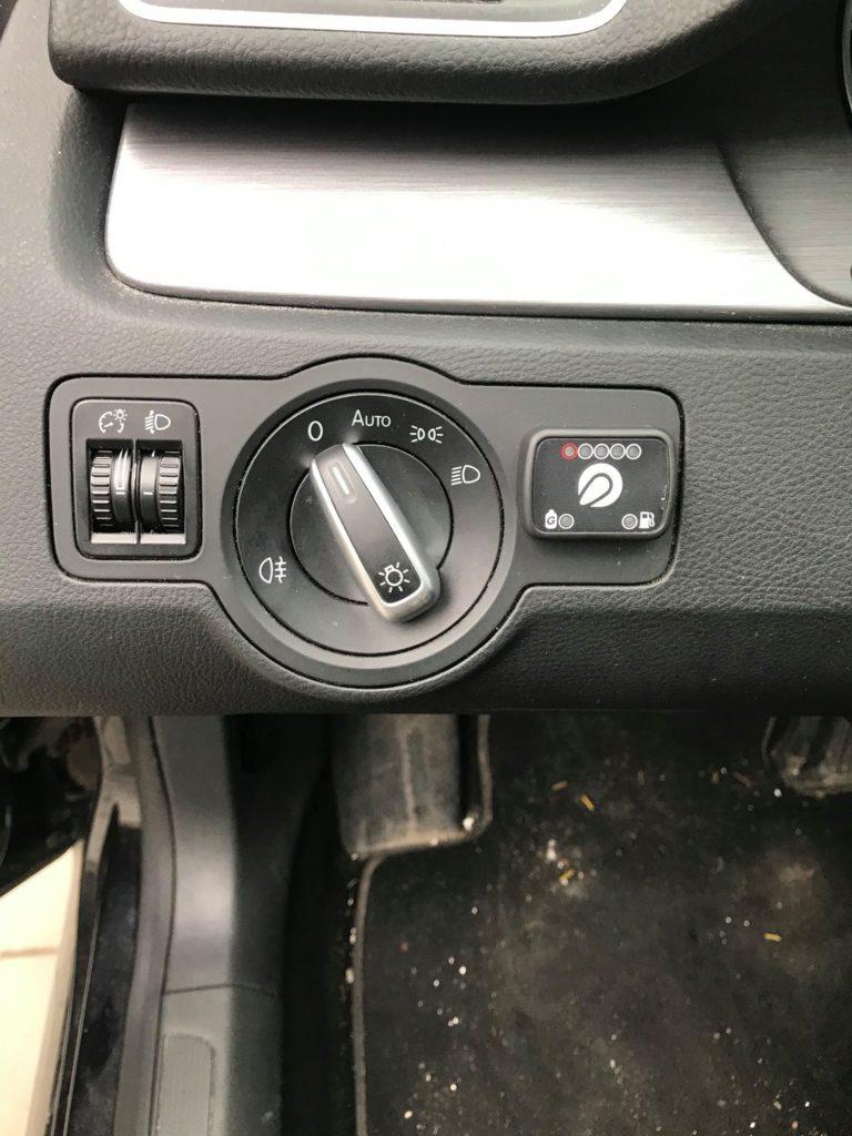 Przełącznik benzyna/gaz LPG zamontowany w VW Passat 1.8 TSI 160 km