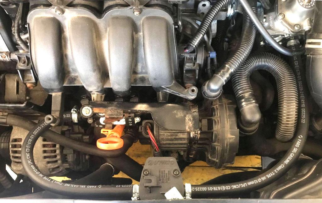 Połączenie reduktora z listąwtryskową w instalacji gazowej Lovato Easy Fast C-OBD LPG