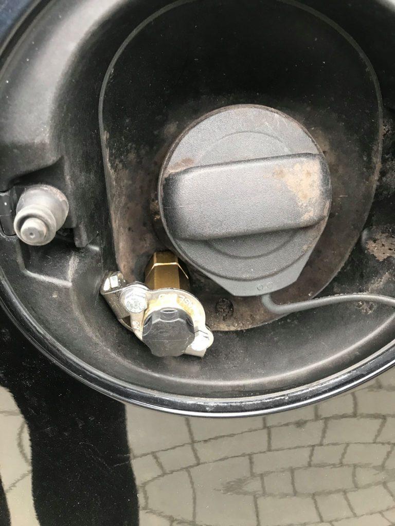 Wlew gazu LPG zamontowany w VW Passat 1.8 TSI 160 km