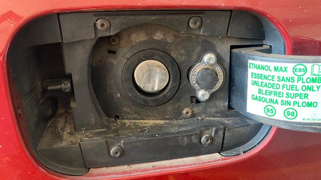 Wlew gazu w Renault Laguna 2013 2.0 140KM